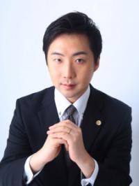 生野 聡 氏