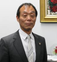 権藤 健一 氏