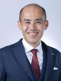 斎藤 竜 氏
